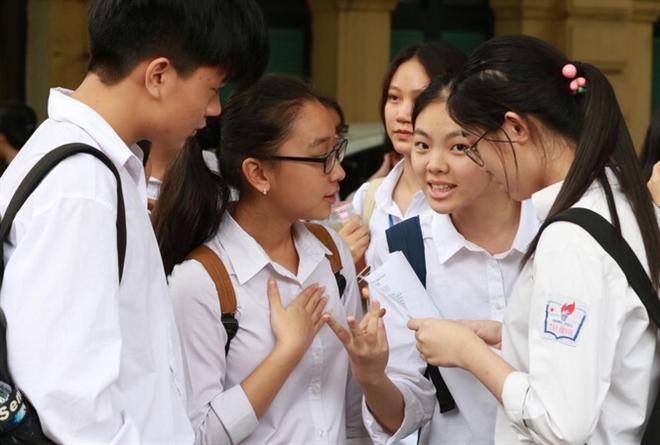 Học phí các trường đại học tự chủ: Tăng bao nhiêu là đủ? - 1