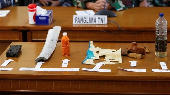 Hình ảnh tàu ngầm Indonesia sau khi được phát hiện vỡ làm 3 mảnh - 5