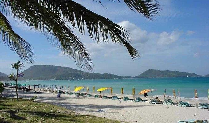 Phuket quyết đón khách quốc tế dù ca nhiễm tăng