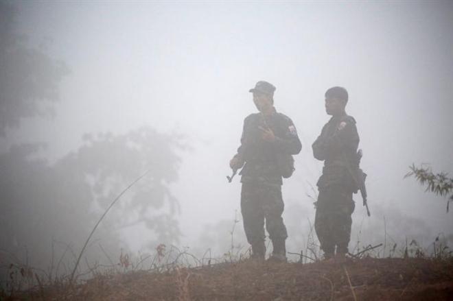 Quân đội Myanmar không kích căn cứ lực lượng nổi dậy