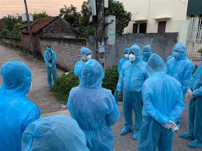 Bộ trưởng Y tế: 'Hà Nam có ổ dịch, đang ở mức độ chùm lây nhiễm' - 2
