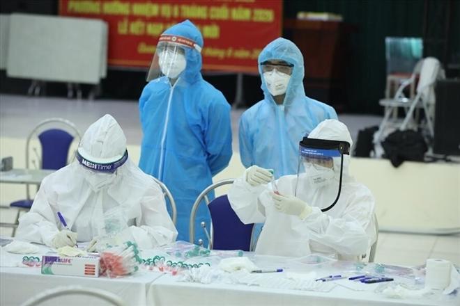 Hà Nội có thêm 2 ca dương tính SARS-CoV-2 ở khu công nghiệp Bắc Thăng Long - 1