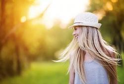 10 cách chăm sóc tóc hiệu quả trong mùa hè