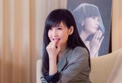 3 quoc sac thien huong hong kong khong lay chong sinh con vi so gia xau