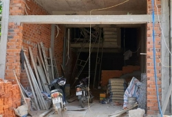 Phú Yên: Sập giàn giáo công trình nhà dân khiến 4 người bị thương