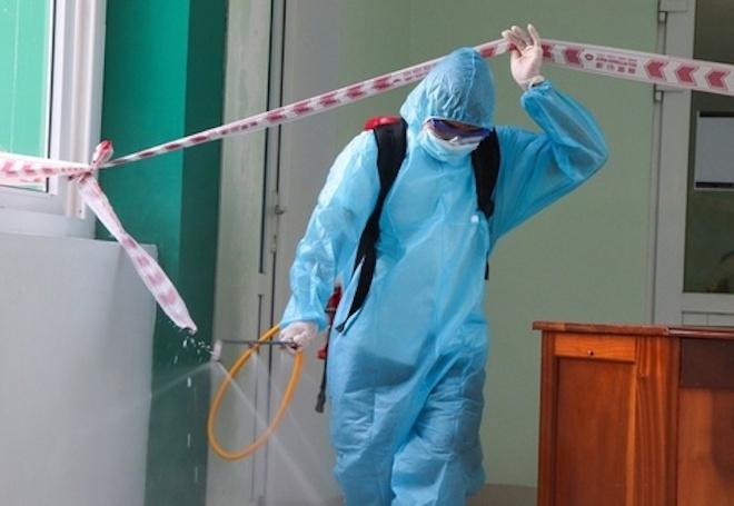 Thêm 2 người dương tính SARS-CoV-2 liên quan ca siêu lây nhiễm ở Hà Nam - 1