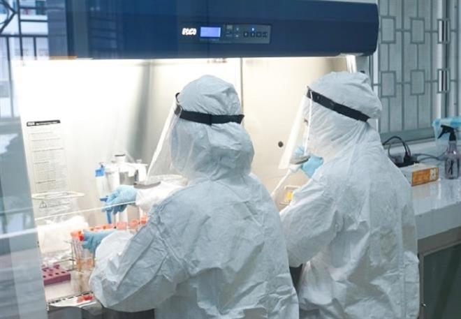 Vĩnh Phúc: 5 người tiếp xúc chuyên gia Trung Quốc dương tính SARS-CoV-2  - 1