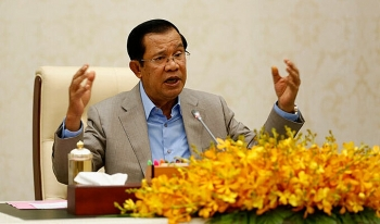 Campuchia sắp dỡ phong tỏa