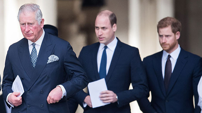 """Charles và William """"sẽ không mở rộng vòng tay với Harry thêm lần nữa"""""""