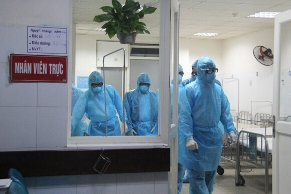 Ca dương tính SARS-CoV-2 mới ở Hà Nội từng tới nhiều điểm ăn uống ở phố cổ