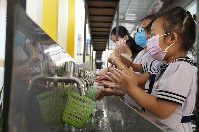 270.000 học sinh Quảng Ngãi nghỉ học