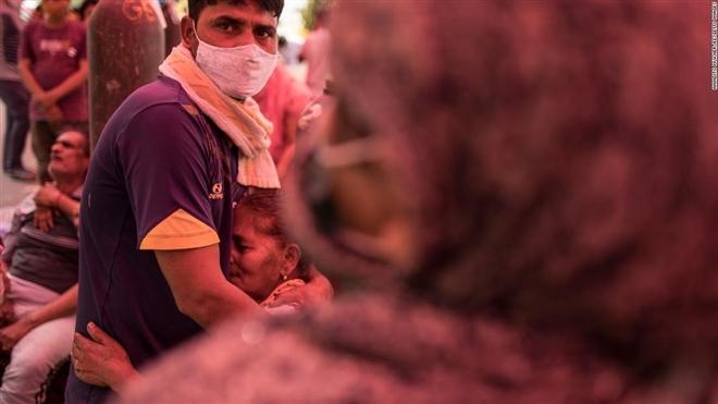 Vì sao Ấn Độ vẫn loay hoay dù viện trợ COVID-19 đổ về như nước? - 3