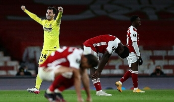 Arsenal dừng bước ở bán kết Europa League