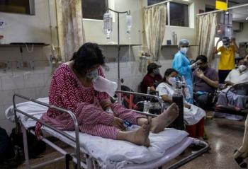 Ấn Độ: Người mắc COVID-19 vượt mốc mới, 414.188 ca bệnh trong ngày