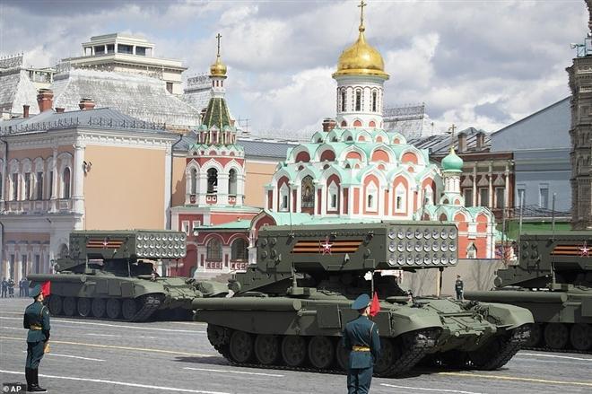 Có gì trong lễ duyệt binh kỷ niệm ngày Chiến thắng 9/5 ở Nga? - 7