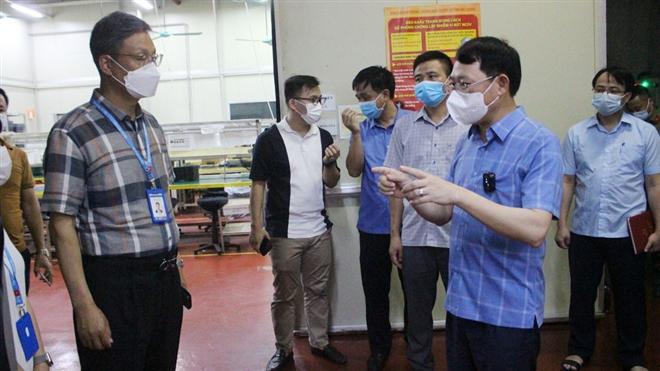 Bắc Giang: Công nhân Khu Công nghiệp Vân Trung liên tiếp dương tính SARS-CoV-2 - 2