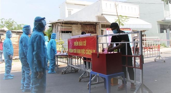 Đà Nẵng diễn tập bầu cử trong trường hợp dịch COVID-19 bùng phát