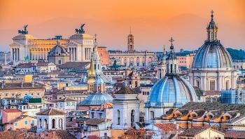 Italy mở cửa đón khách vào giữa tháng 5