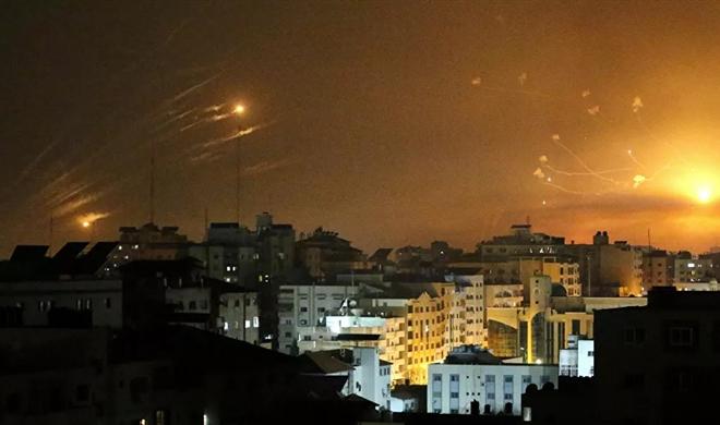 Xung đột dải Gaza: Hơn 1.500 quả rocket xé nát khu vực, gần 70 người thiệt mạng - 1