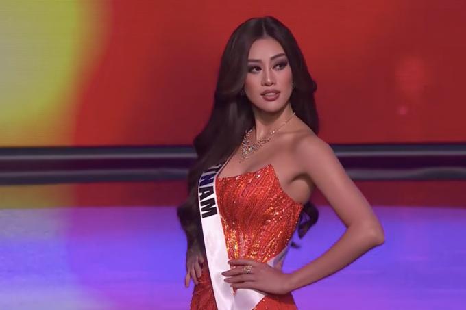 Khánh Vân tỏa sáng ở bán kết Miss Universe