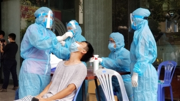 Hà Nội thêm 5 ca dương tính SARS-CoV-2 mới, 1 người lây từ Giám đốc Hacinco