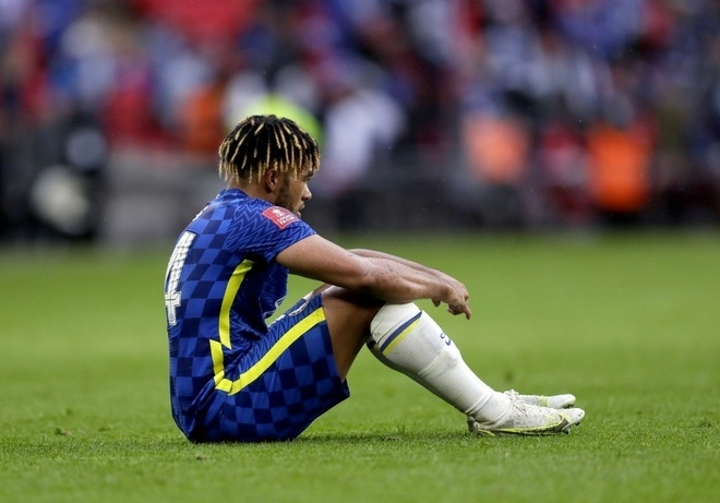 Thua chung kết FA Cup, Chelsea đối diện mùa giải thảm họa - 2