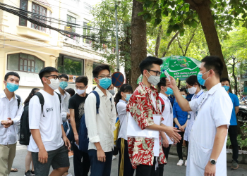 Tới 350 ca dương tính SARS-CoV-2, Bắc Giang khẩn trương lùi lịch thi vào lớp 10