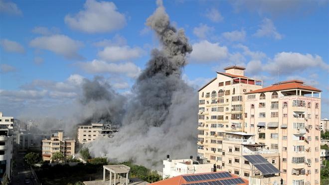 Israel đánh sập 15 km đường hầm Hamas, hạ sát chỉ huy dân quân Palestine