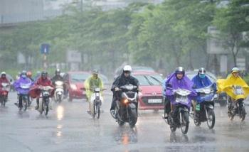 Bắc Bộ mưa dông, Trung Bộ nắng nóng gay gắt
