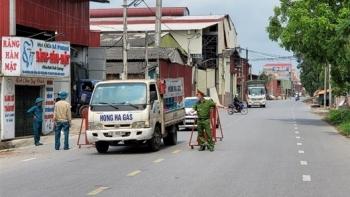 25 ca COVID-19 ở Bắc Ninh tiên lượng nặng, 2 ca thở máy, 1 người phải lọc máu