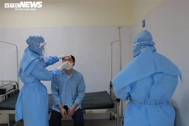 25 ca COVID-19 ở Bắc Ninh tiên lượng nặng, 2 ca thở máy, 1 người phải lọc máu - 1