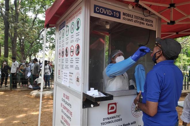 Cuộc chiến sinh tồn trong tâm dịch COVID-19 ở Ấn Độ - 2