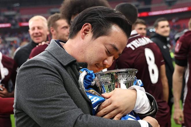 Leicester City vô địch FA Cup: Hoàn thành giấc mộng của tỷ phú Thái Lan