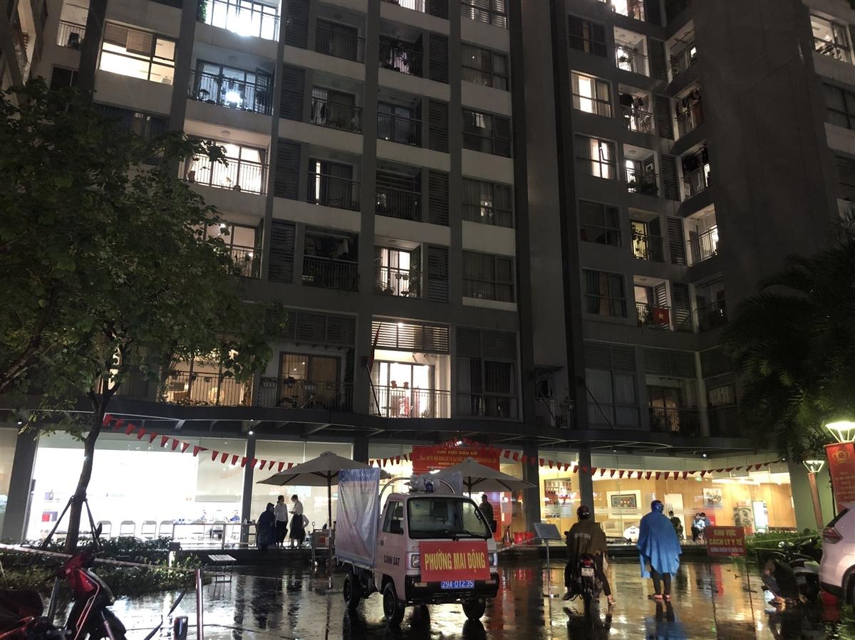 Hà Nội phong tỏa một tòa ở Times City do có cháu bé Ấn Độ dương tính SARS-CoV-2 - 1