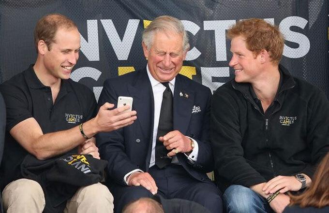 """""""Harry và William chỉ có thể hàn gắn nếu Meghan không còn dính dáng"""""""