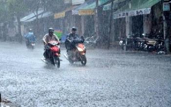 Cả nước mưa dông, nguy cơ lũ quét và sạt lở đất nhiều nơi