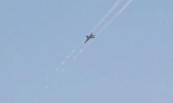 Tiêm kích bom Trung Quốc diễn tập bắn đạn thật ở Biển Đông