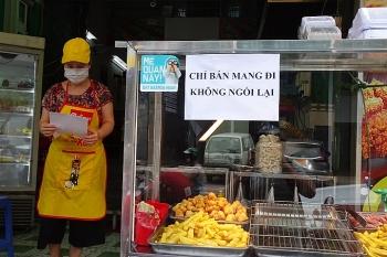 Quán ăn, cà phê ở TP HCM dừng bán tại chỗ