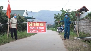 Vải thiều Bắc Giang canh giữ nghiêm ngặt như kho báu, tuyệt đối không COVID-19