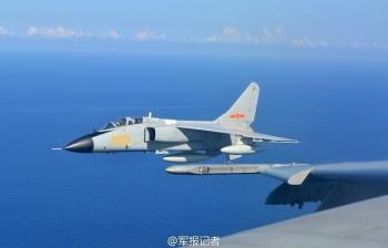 Trung Quốc rầm rộ tập trận bắn đạn thật trên Biển Đông, Việt Nam lên tiếng