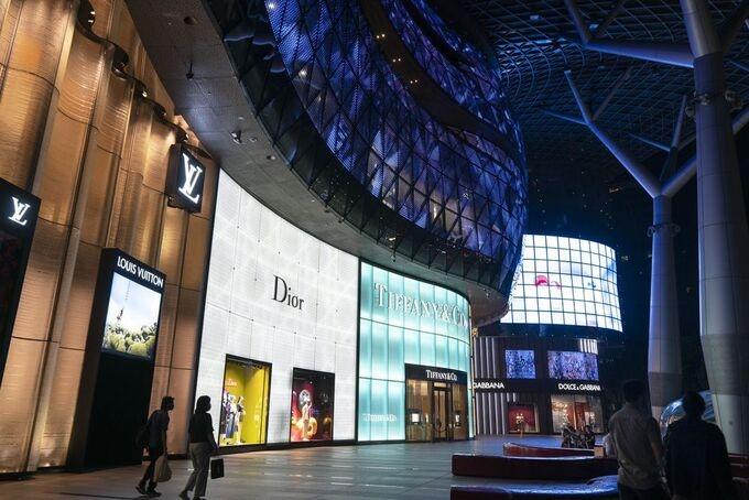 Giới siêu giàu đổ đến Singapore tránh dịch