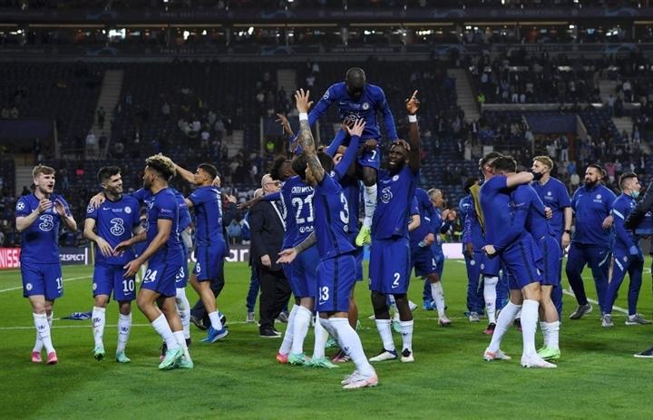 Ảnh: Chelsea vô địch Champions League sau 9 năm chờ đợi  - 3
