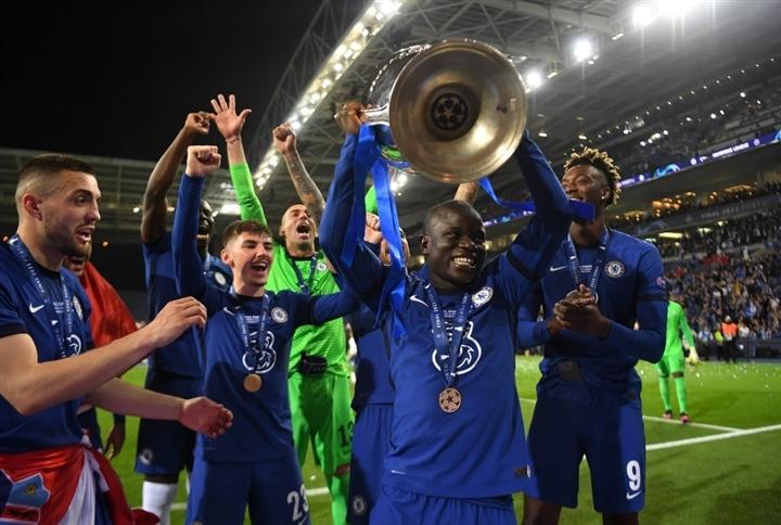 Ảnh: Chelsea vô địch Champions League sau 9 năm chờ đợi  - 5