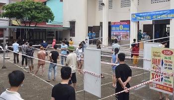 Bắc Giang chuyển 2.300 công nhân đi cách ly tập trung
