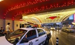 Khách sạn treo thưởng 10.000 USD để tìm hung thủ sát hại hai khách Việt