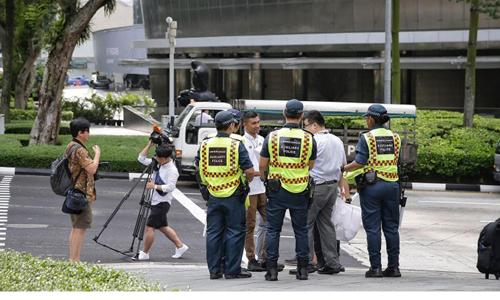 singapore truc xuat 5 phu nu han gay roi trong hoi nghi trump kim