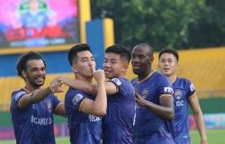 Tiến Linh tỏa sáng giúp Bình Dương thắng ngược, dẫn đầu V-League 2020