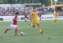 Công Phượng ghi bàn, Thành phố Hồ Chí Minh thắng đậm Sông Lam Nghệ An