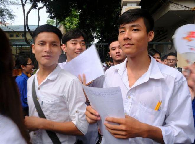 Hà Nội lấy ý kiến về việc ghép lịch thi vào lớp 10 ảnh 1