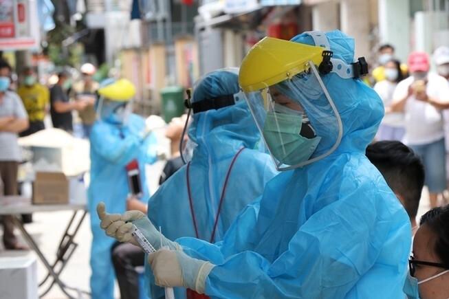 Một tiểu thương ở Hà Nội nghi mắc Covid-19